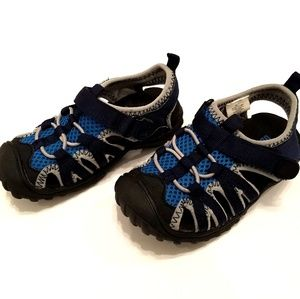 Old Navy Toddler Boy Water Shoes Size 7